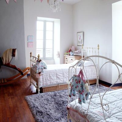 Lovely-Girls-Bedroom-Ideas-4