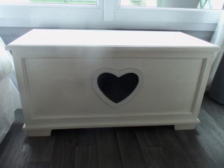 Chambre-ado-Blanc-Gris-Romantique-201307151113015m