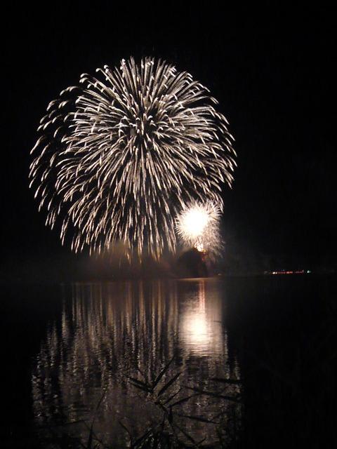 24神西湖花火1(ブログ用)