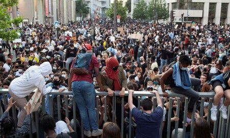 ◆暴動◆フランスでも大規模な抗議デモ 4年前の黒人死亡をめぐり