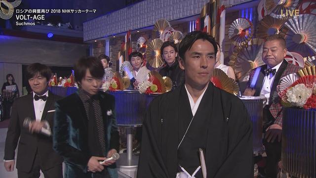 ◆悲報◆紅白でサチモスの全く上がらないボルテージを聞かされた長谷部誠の表情完全版!