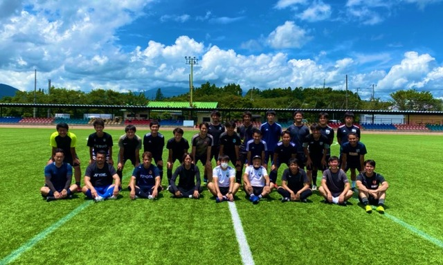 ◆Jリーグ◆中村憲剛氏、B級コーチ合宿で名古屋と甲府のレジェンドと再会!