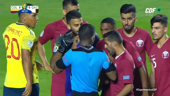 ◆悲報◆コパ招待国カタール、審判囲みに中東戦法、試合後更に審判囲みにメンチ切り…評判落としまくる