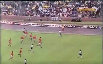 ◆動画小ネタ◆40年前のクライフ率いるオランダ代表のボール狩りのえげつなさ