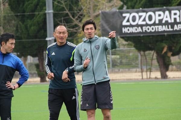◆悲報◆本田圭佑、解説者秋田豊氏に押される「100%入ったほうがいい」「ミドルのパワー、誰にも負けないものを持っています」