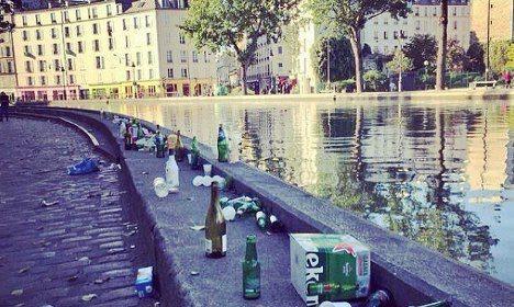 ◆悲報◆W杯優勝パレードから一夜明けたパリシャンゼリゼ通りがぐちゃぐちゃゴミだらけ