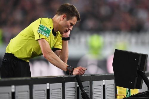 """◆ブンデス◆ドイツで波紋を呼ぶビデオ判定…試合結果を""""操作""""した疑惑浮上"""