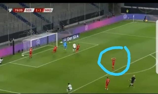 ◆画像◆ドイツ代表ヴェルナー師匠のQBK、対戦相手北マケドニアの選手もびっくり