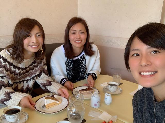 ◆画像◆なでしこの美女猶本光、鮫島彩、安藤梢が大晦日に女子会