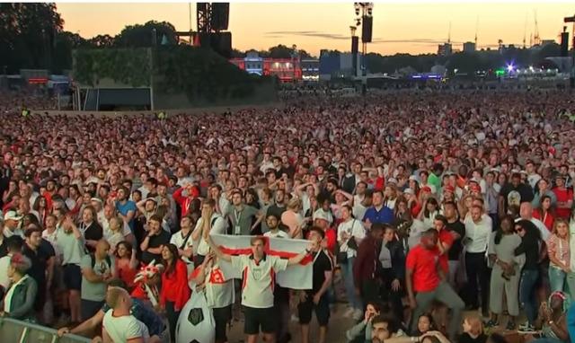 ◆悲報◆W杯敗退ショック!イングランド国内でDV発生率急上昇&敗退翌日の病欠5百万人!