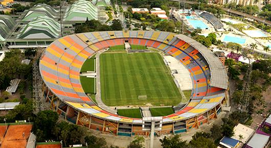 ◆南米◆航空機事故で来るはずもないシャペコエンセをスタジアムで応援し続けるナシオナルサポが泪を誘う