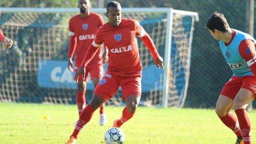 ◆悲報◆元磐田、喜田さん蹴って解雇のギレルメ、ブラジルで試合中にまたも暴力事件