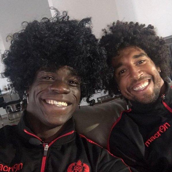 ◆画像◆マリオ・バロテッリくんがチームメイトのダンテと一緒にアフロヘアにした結果wwww