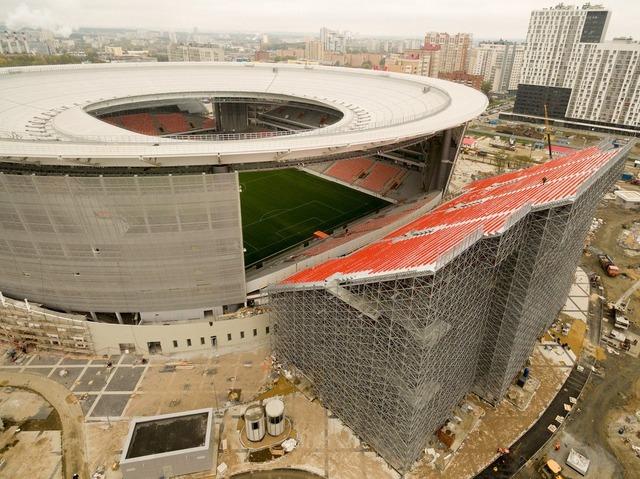◆ロシアW杯◆日本×セネガルが開催されるエカテリンブルクのスタジアムの仮設席が超絶見難い席だと話題に!