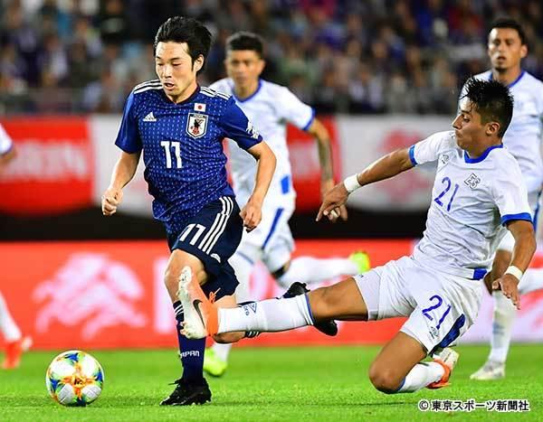 ◆日本代表◆中島翔哉、黒スパイクで日本代表の10番ハク奪か?by 東スポ