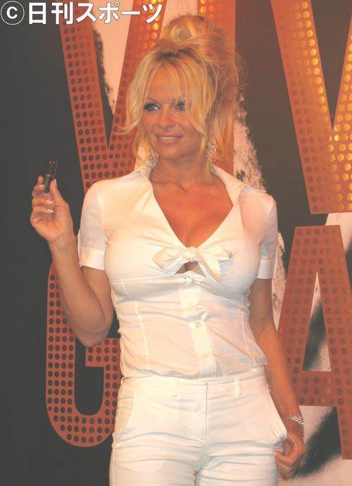 ◆フランス代表◆酒井宏樹の同僚アディル・ラミたんの彼女は52歳!スーパーモデルのパメラ・アンダーソン
