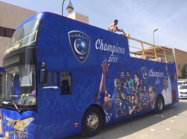 ◆悲報◆ACL決勝敗退アル・ヒラル パレード用オープンバス用意してた(´・ω・`)