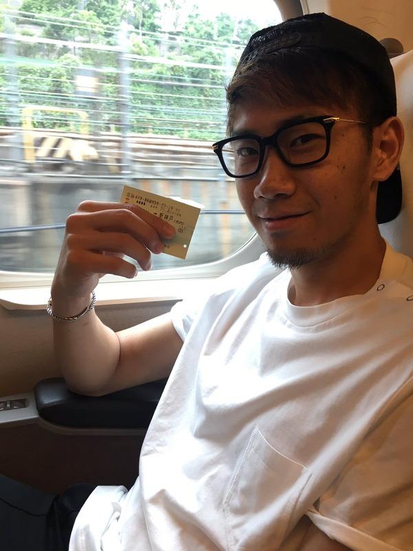 ◆画像◆箱根から大阪に移動する香川真司さん(´・ω・`)