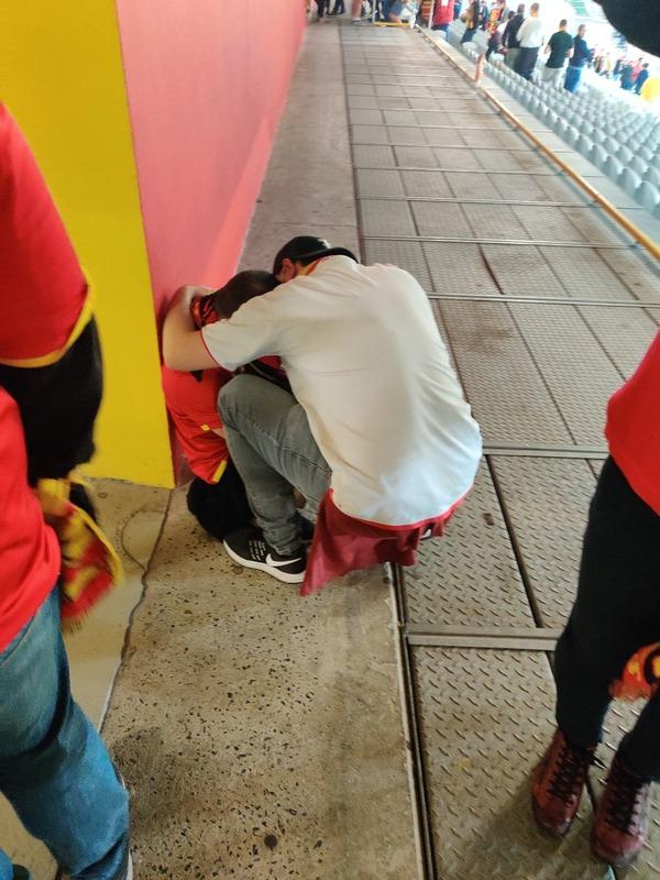 ◆リーグ・アン◆お久しぶり昇格のランスの少年サポ、PSGに勝って号泣