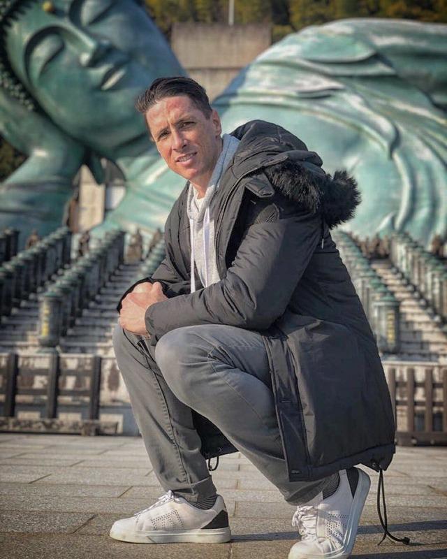 ◆画像◆トーレス師匠、南蔵院の涅槃大仏の前でパシャリ!4ヶ月ぶり2度め…お気に入りスポット入りか?