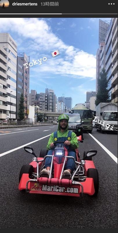 ◆画像◆ナポリのベルギー代表メルテンス 今度は東京でルイージ姿でマリカーを駆る