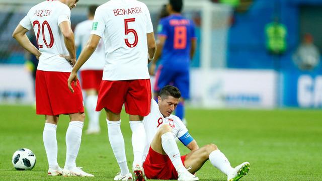 ◆ロシアW杯◆エースはチーム批判も…ポーランドDFが内紛を完全否定「恐ろしい嘘だ」