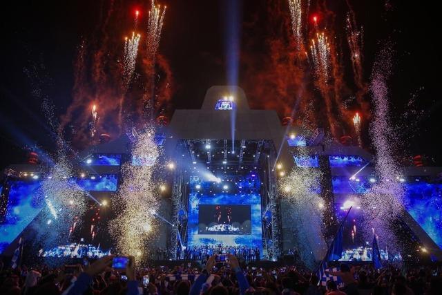 ◆画像◆浦和を破ってACL優勝したアル・ヒラルの優勝報告会がほとんどロックフェスだと話題に!