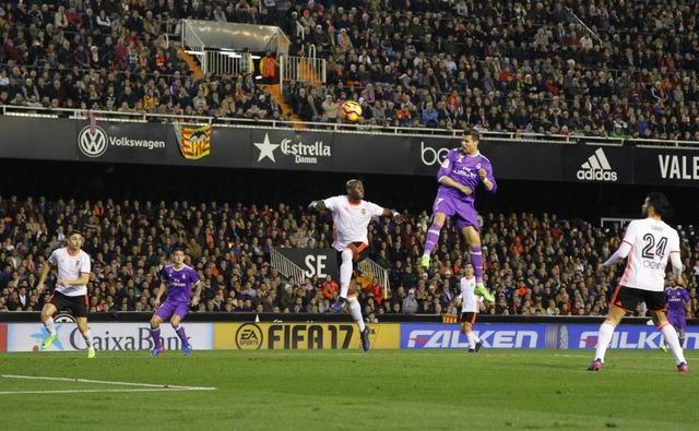 ◆リーガ◆クリロナさんのヴァレンシア戦ヘディングゴールの打点がまたまた高すぎて草w