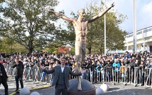◆朗報◆故郷マルメにズラタン・イブラヒモビッチのかっこいい銅像が建つ