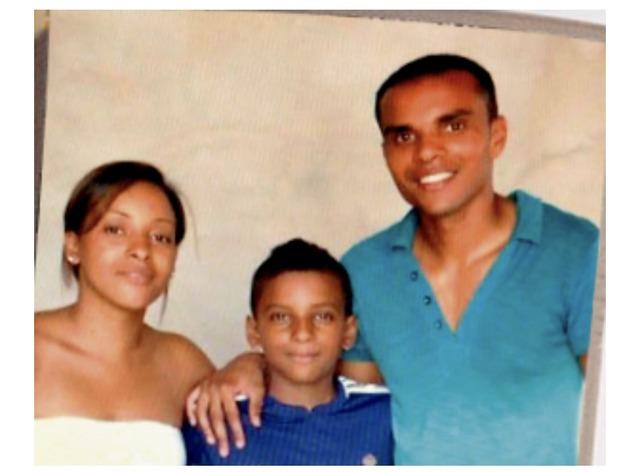 ◆画像◆マドリーFWロドリゴの母親が若くて美人だと話題に!17才で出産