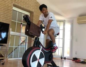 ◆朗報!◆休職中にバイクトレーニングの香川真司さん、むっちゃ笑顔!