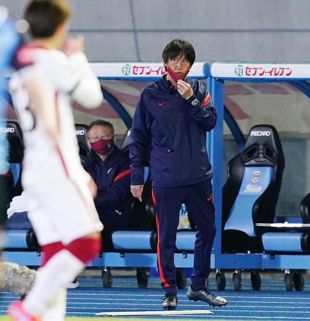 ◆悲報◆鹿島コーチの熊谷さん、スポ新に相馬直樹監督と間違えられる