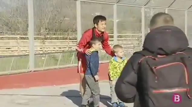 ◆朗報◆マジョルカ久保建英くんさん、相変わらず子供に人気