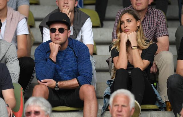 ◆画像◆症状に改善の兆しなし?ドルU19の試合を観戦したマリオ・ゲッツェがまだプヨプヨしていると話題に