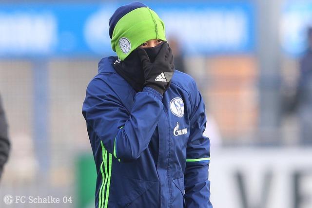 ◆画像◆内田篤人、練習場が寒すぎた結果www