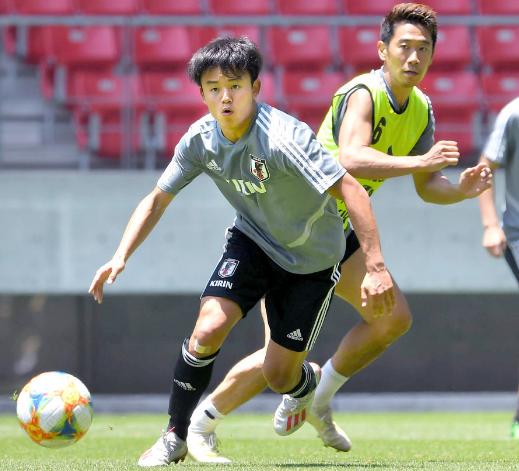 ◆日本代表◆中島「賢い」憲剛「とにかく頭と技術」と絶賛した久保建英の代表試合形式練習でのプレーがこちら
