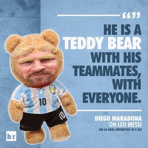 ◆南米◆マラドーナがメッシを批判「連絡しても電話に出ない・・・メッシはコンパニオンに囲まれたテディ・ベアだ」