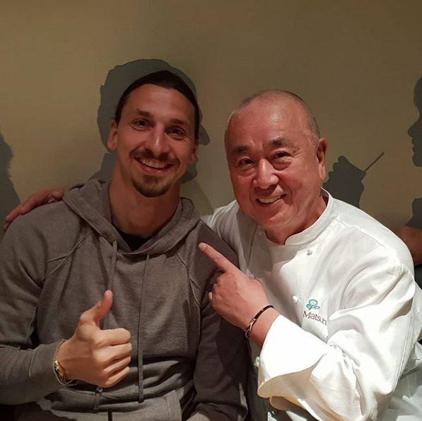 ◆画像◆イブラヒモビッチ、ビバリーヒルズのNobu Matsuhisa のレストランを訪れNobuとパシャリ!