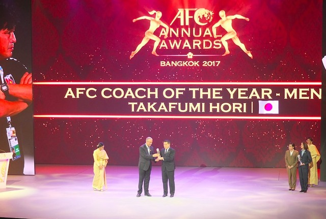 ◆各種賞◆AFC最優秀監督賞にACL制覇浦和の就任3ヶ月堀孝史監督受賞