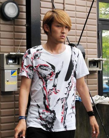 ◆画像小ネタ◆宇佐美貴史の最新ファッションチェック