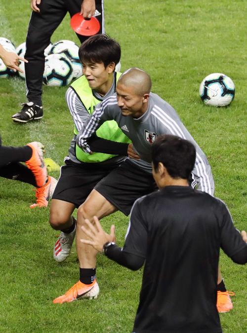 ◆朗報◆バルサが注目する日本代表FW前田大然、練習復帰