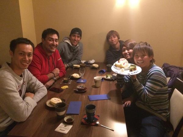 ◆ブンデス◆長谷部と乾、古巣INAC神戸に復帰するなでしこの田中明日菜の送別会を開く