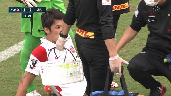 ◆悲報◆浦和DF酒井宏樹、FC東京戦で負傷交代!森保ジャパン更に負傷者