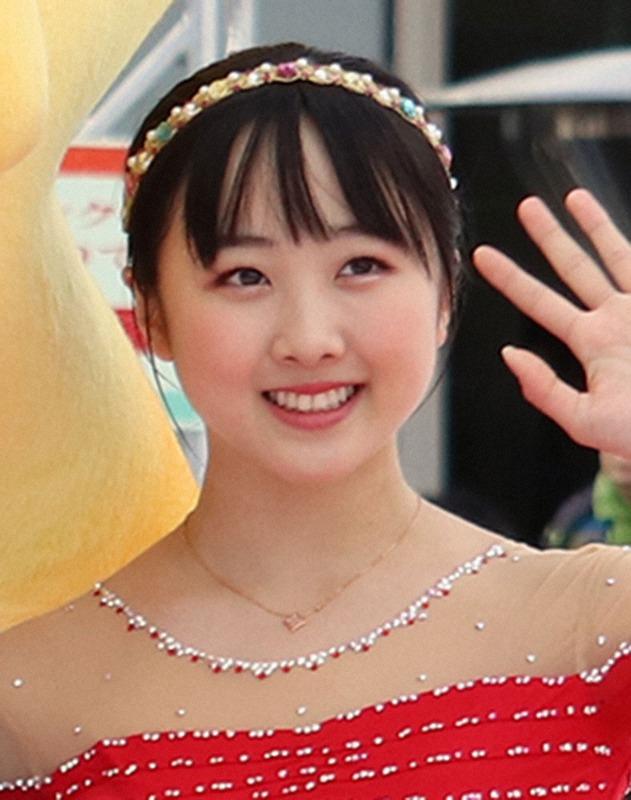 ◆画像◆本田望結 青森山田制服姿でサッカーU18日本代表候補・松木玖生と2ショット