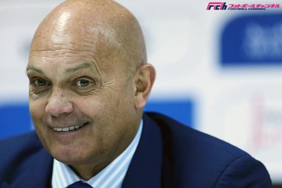 ◆アジア杯◆ヨルダン代表ウィルキンス監督が爆笑会見「私の頭からの光で皆さんのカメラのレンズを壊さないようにしないと(笑)」