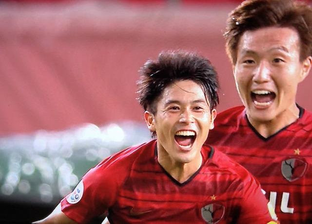 ◆画像◆決勝ゴールで喜ぶ内田篤人と後の三竿の距離感がおかしすぎると話題に!
