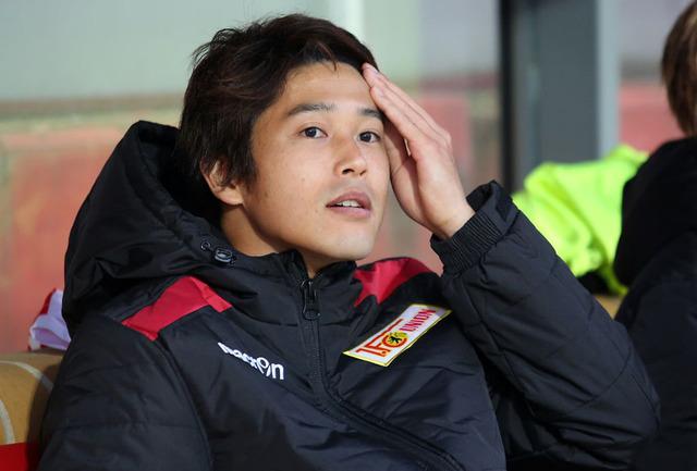 ◆ブンデス◆代表復帰が噂される内田篤人、再び負傷、左足の肉離れで離脱をクラブが発表