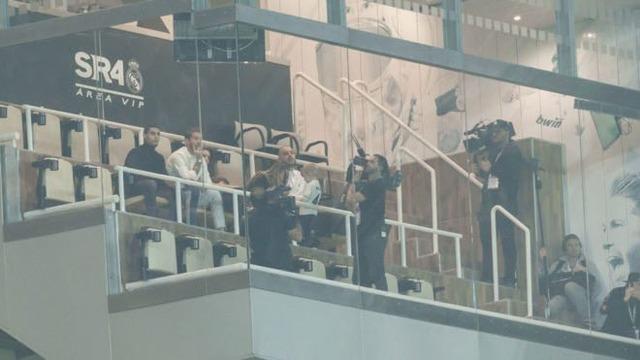 ◆悲報◆CLアヤックス戦出場停止のセルヒオ・ラモスが当日ベルナベウでドキュメンタリー映画撮ってて物議(´・ω・`)