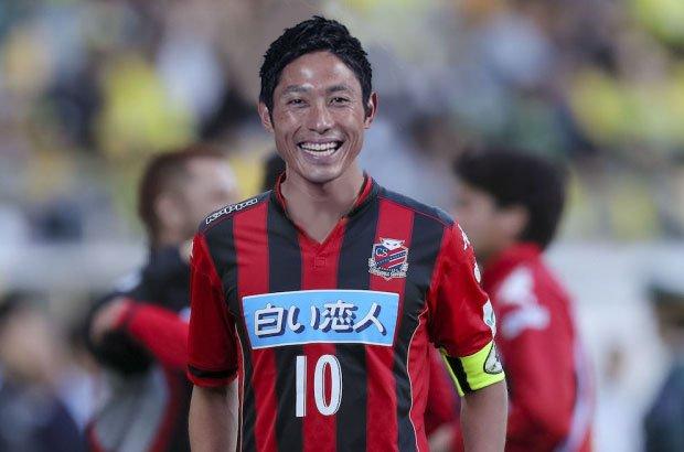 ◆画像◆ミシャペ札幌監督就任でモリワキさんが早速ウォーミングアップを始めたようです(´・ω・`)