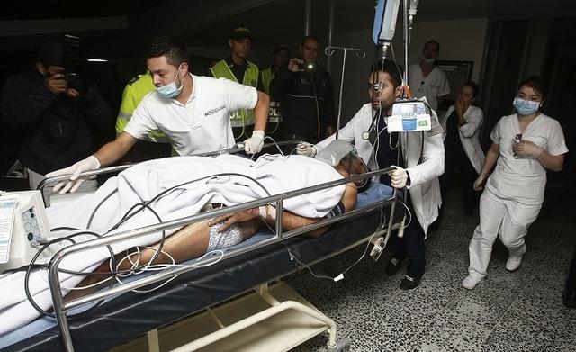 ◆悲報◆航空機事故で生存したシャペコエンセの24歳のGK右足切断、さらに左足も切断か